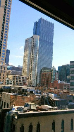 Fairfield Inn & Suites Chicago Downtown/River North: The view from room 734