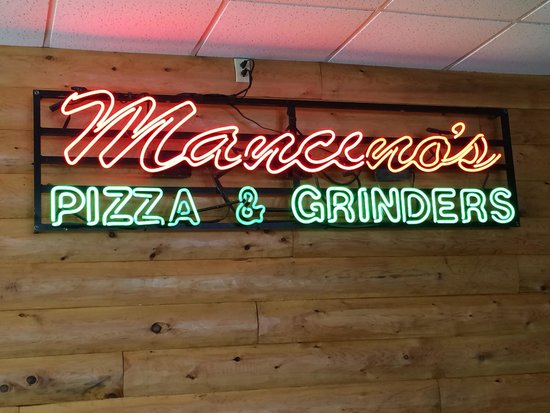 Mancino's Pizza and Grinders of Alma : Mancino's in Alma, MI