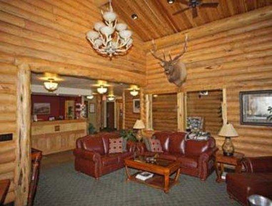 Super 8 West Yellowstone: Lobby