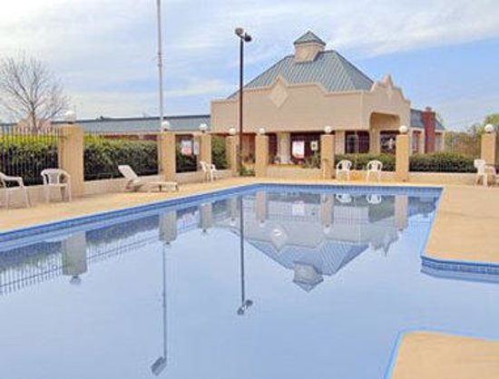 Dahlonega Inn: Pool