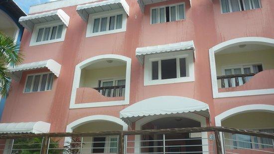 Hotel Areia De Ouro : bloco rosa