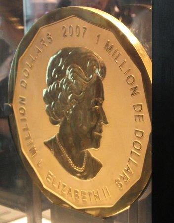Musée royal de l'Ontario : Gold coin