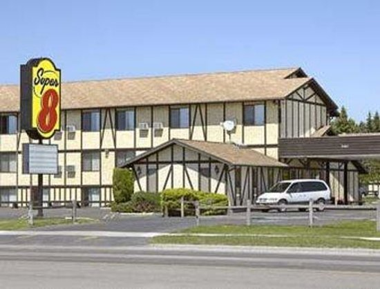 Super 8 Missoula/Brooks Street: Welcome to the Super 8 Missoula Brooks St