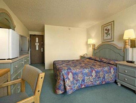 Photo of Super 8 Motel - Willmar