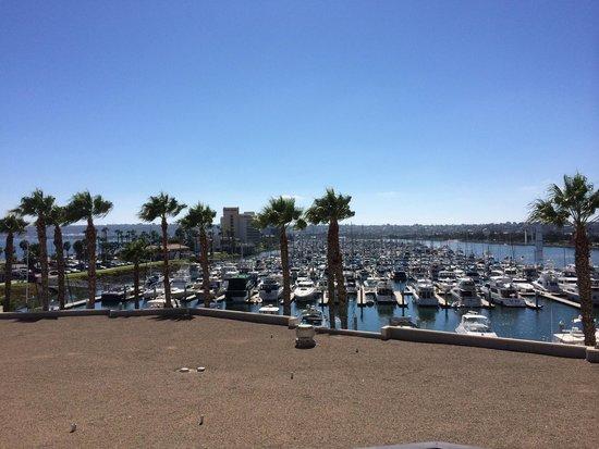 The Sheraton San Diego Hotel & Marina : 部屋のベランダかの眺めです。
