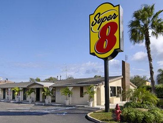 Super 8 Lantana West Palm Beach: Welcome to Super 8 Lantana