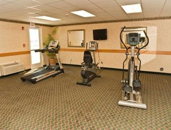 Super 8 Burley: Workout Room
