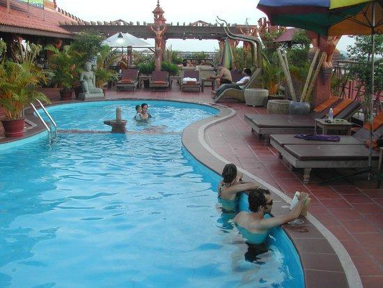Okay 1 Villa : rooftop pool