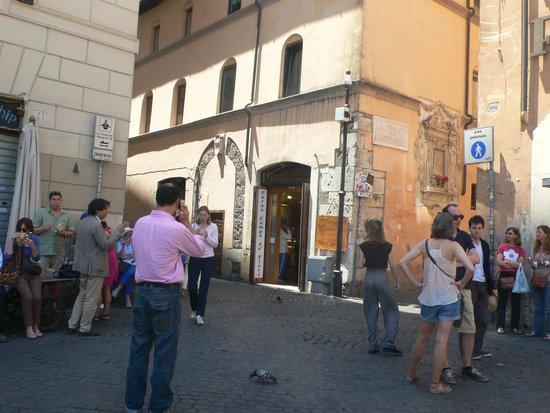Maison Giulia : um die Ecke