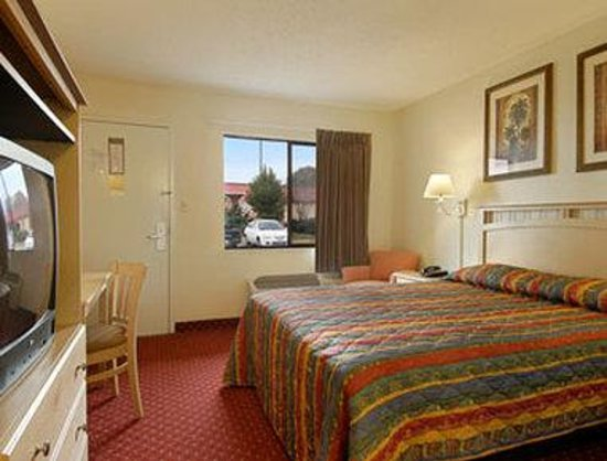 orange park chat rooms Accessible king room book your next jacksonville hotel stay at hilton garden inn jacksonville orange park  garden inn jacksonville orange park, fl - queen guest .