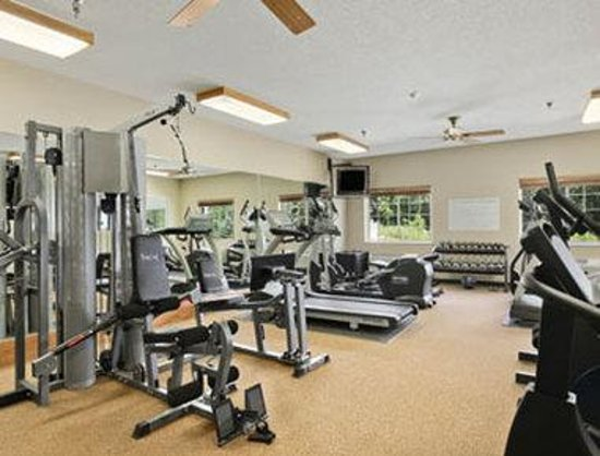Savanna Inn & Suites: Fitness Centre