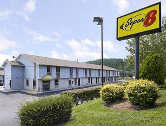 Value Inn Harrisburg-York : Welcome to Super 8 Etters/Harrisburg Area