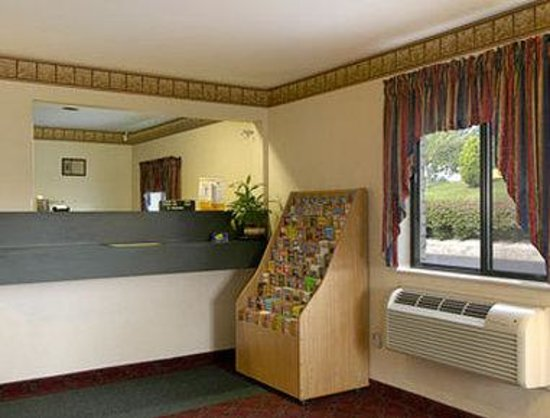 Value Inn Harrisburg-York: Lobby