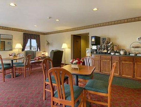 Value Inn Harrisburg-York: Breakfast Area