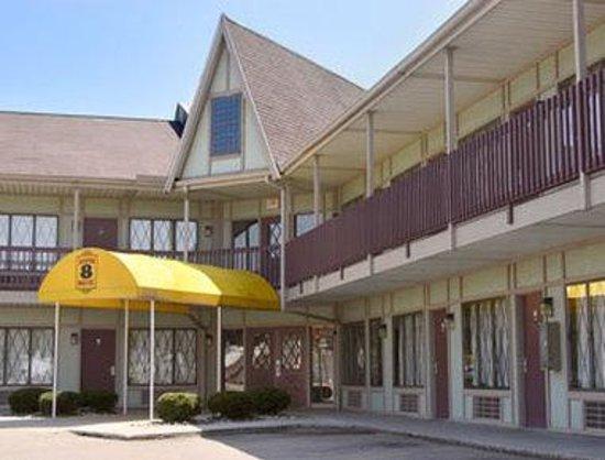 Photo of Burton Inn & Suites