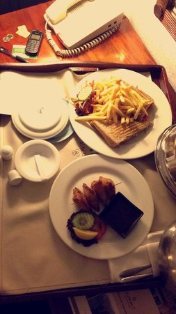 Sarova Stanley: room service