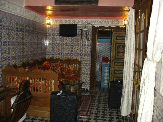 Riad Dar Guennoun: Ground floor room