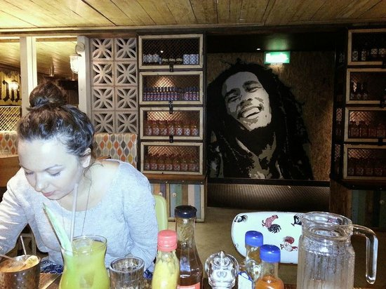 Turtle Bay: Bob in the background to go with the music