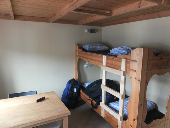Angby Camping: Bunk beds below the mezzanine