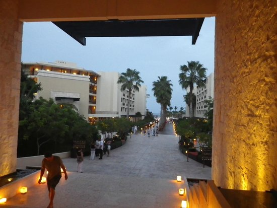 Dreams Riviera Cancun Resort & Spa: View from the lobby