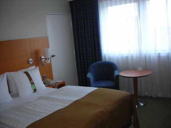 Holiday Inn Munich - City Centre : Habitacion