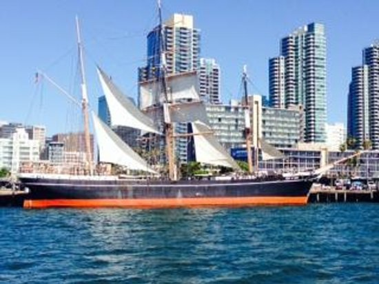 Maritime Museum of San Diego : The Star of India and the San Diego skyline