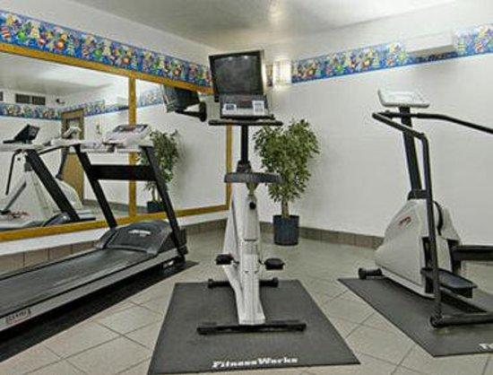 Super 8 Appleton : Fitness Center