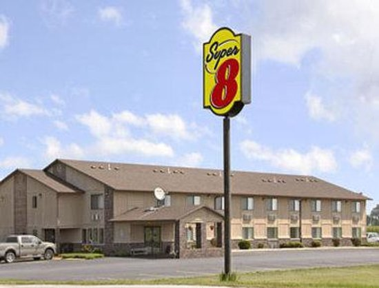 Super 8 Perry IA : Welcome to Super 8, Perry