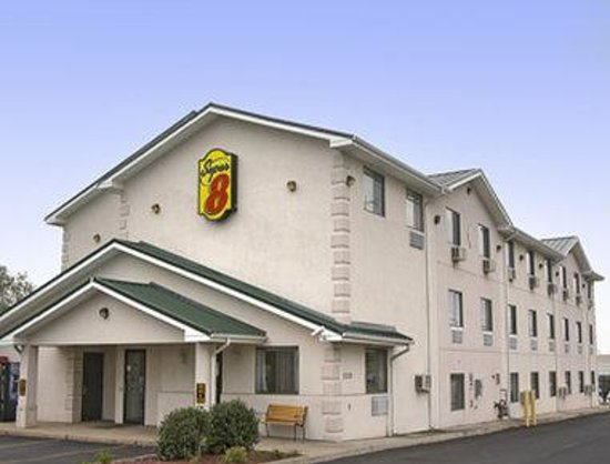 Super 8 by Wyndham Harrisonburg: Welcome to the Super 8 Harrisonburg