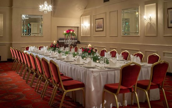 Private Dining at Marine Hotel