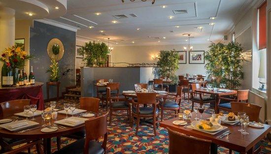 Marine Hotel: Meridian Restaurant