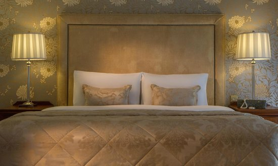 Marine Hotel : Bedroom