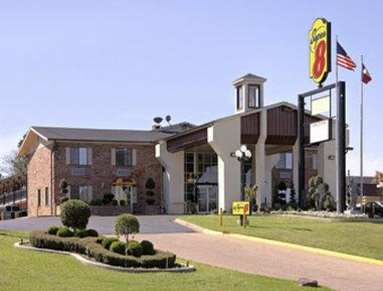 Super 8 Tyler TX: Welcome to the Super 8 Tyler