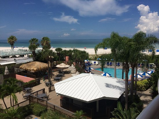 Beach House Suites by The Don CeSar : Room view