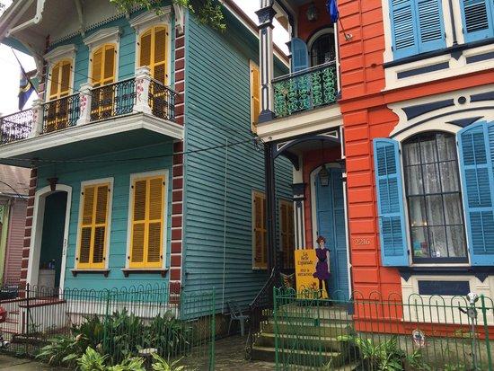 La Belle Esplanade: Street view