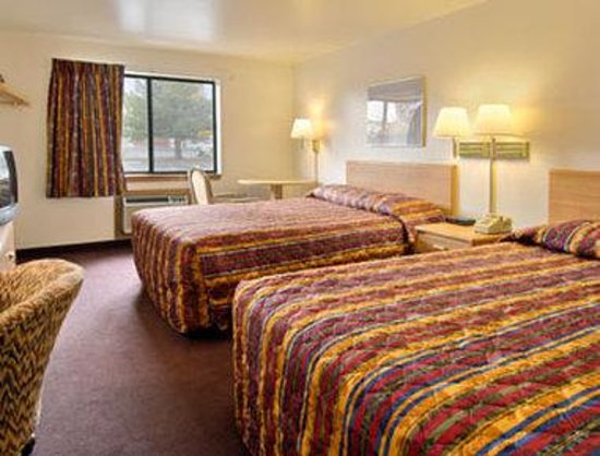 Super 8 Carson City: Standard Two Double Bed Room