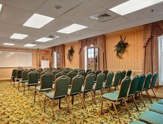 Baymont by Wyndham Manchester - Hartford CT: Meeting Room