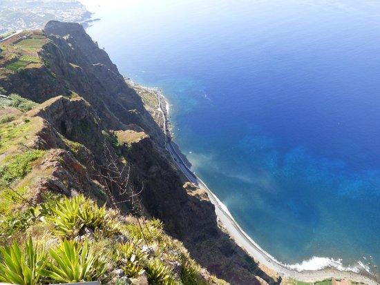 Cabo Girao: Impressive drop!
