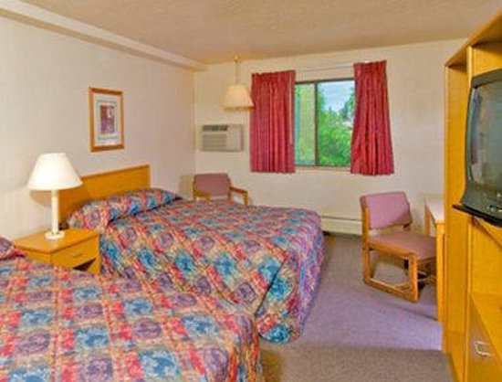 Super 8 Anchorage: Standard 2 Double Bed Room