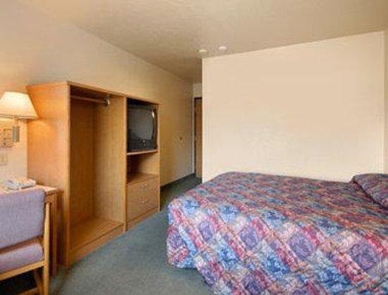 Super 8 Union Gap Yakima Area: Standard Queen Bed Room