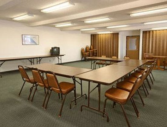 Super 8 Glencoe: Meeting Room
