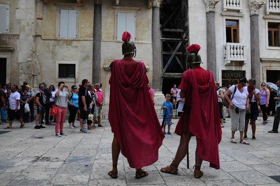 Palais de Dioclétien : Romanos