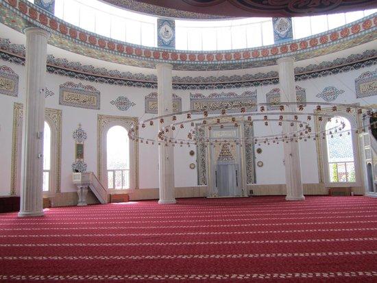Kemer : interieur nieuwe moskee