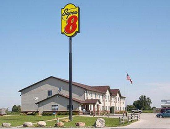 Welcome to the Super 8 Nebraska City