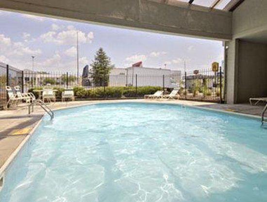 Super 8 Reynolds /East Columbus Area: Pool