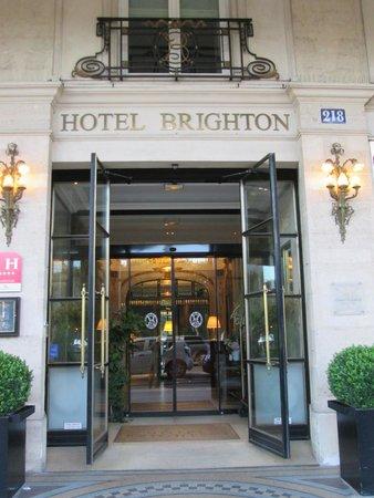 Hotel Brighton - Esprit de France: エントランス