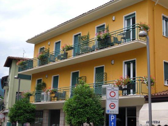 Hotel Alpino: Hotel Annex