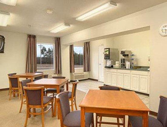 Smackover, AR: Breakfast Area