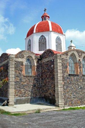 Rancho Las Cascadas - Resort: Local Church