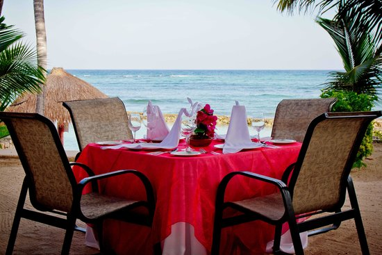 Omni Puerto Aventuras Hotel Beach Resort: Private Family Dinner